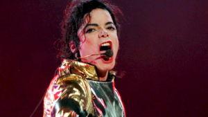 Michael Jackson keikalla HIStory-kiertueen aikaan. Arkistokuva.