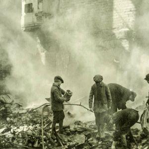 Vihapuhe ja pelko saivat suomalaiset surmaamaan toisiaan sisällissodassa. Dokumentti käsittelee sadan vuoden takaisin tapahtumia.