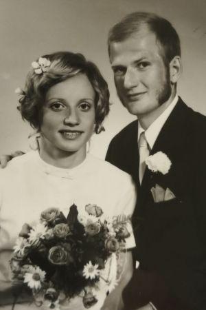 Nina och Rune Holméns bröllopsfoto.