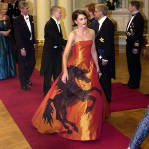 Operasångerskan Mari Palo på Självständighetsmottagningen 2000