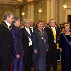 Tre generationer av presidentpar i slottet 2000.