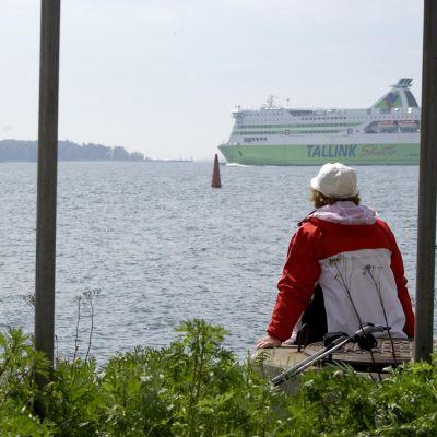 Färja på väg till Tallinn