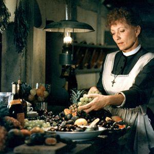 En scen från förberedelserna i köket i filmen Babettes gästabud.