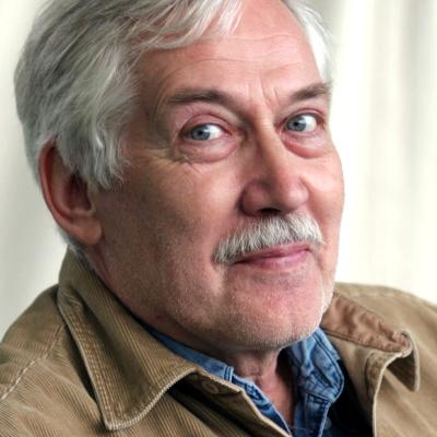 Jaan Kaplinski.