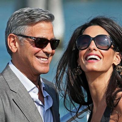 George Clooney gifter sig i Venedig