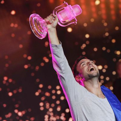 Ruotsin Måns Zelmerlöw juhli euroviisujen voittoa 23. toukokuuta.