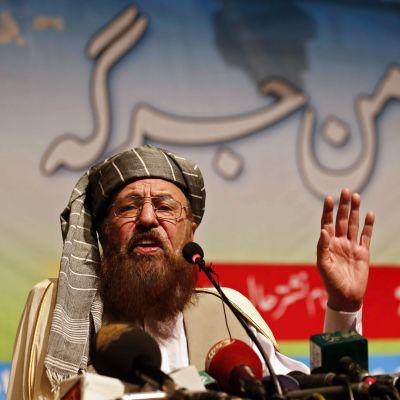 Maulana Samiul Haq kuvattuna Peshawarissa, Pakistanissa vuonna 2014.