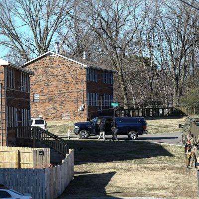 Poliisit suorittivat lauantaina kotietsinnän Nashvillen Antiochissa sijaitsevaan taloon.