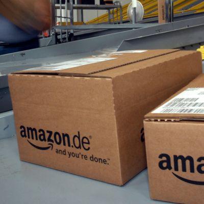 Amazons kartonglådor.