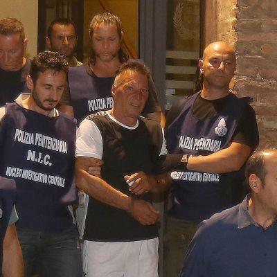 Poliisi pidättämä Giuseppe Mastini kuvattuna Italian Sienassa heinäkuussa 2017.