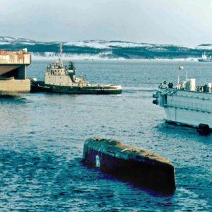 Sukellusvene Kurskin nosto-operaatio Venäjällä 2001.