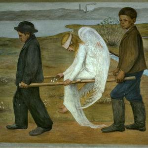 Kaksi poikaa kantaa haavoittunutta paareilla istuvaa enkeliä. Tehtaan piippuja näkyy taustalla.