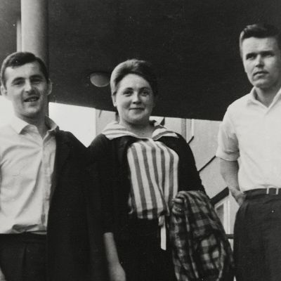 Toimittaja Reijo Nikkilä tekee aikamatkan vuoden 1962 Nuorisofestivaalille, jossa hän itse oli mukana järjestäjänä.