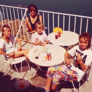 Claes Olssonin perhe Mallorcalla 1970-luvulla