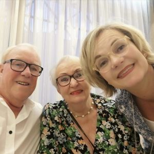 Brian Gale, Iris Liimatta och Katja Liimatta-Åström.