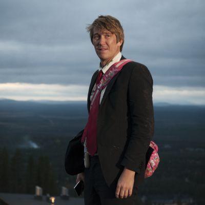 Janne tunturilla Napapiirin sankarit 2 -elokuvassa.