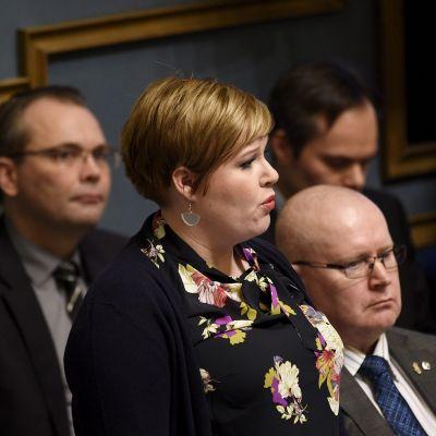 Kuvassa Perhe- ja peruspalveluministeri Annika Saarikko.