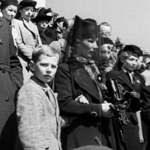 Kun Suomi sai talvisodan rauhanehdot, koko maassa oli suruliputus.