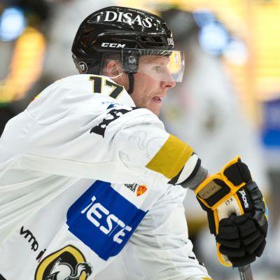Kärppien Mika Pyörälä