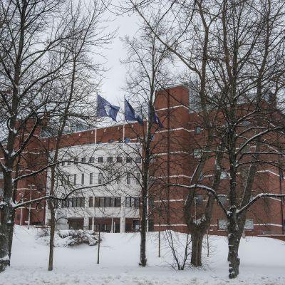 Kuopion poliisi- ja oikeustalo.