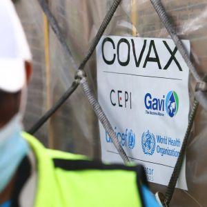 Covid-19-vaccin levereras till Ghana inom ramen för Covax-projektet