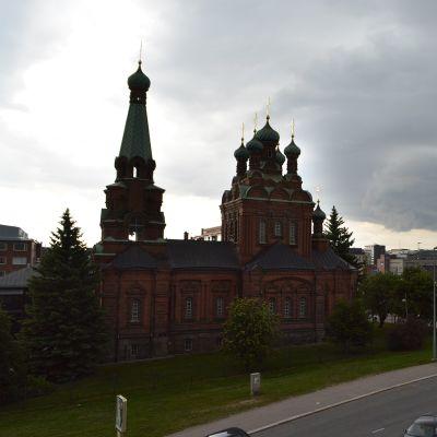 Tampereen Ortodoksikirkko ja tornihotelli.