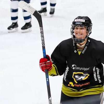 Ella Välikangas, Kärpät