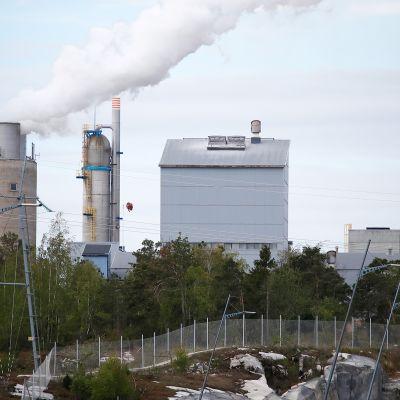 Yaralla on useita tuotantolaitoksia Uudessakaupungissa.