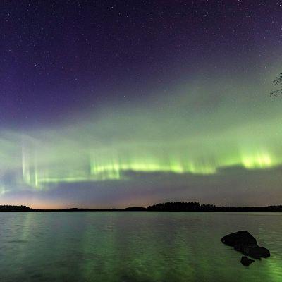Suomalaiset revontuliharrastajat bongasivat ja nimesivät uuden revontuli-ilmiön
