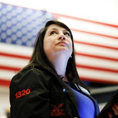 Meklari New Yorkin pörssissä torstaina.