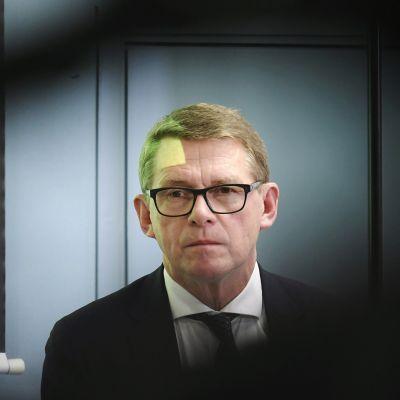 Valtiovarainministeri Matti Vanhanen (kesk.) hallituksen talousarvioneuvottelujen tiedotustilaisuudessa.