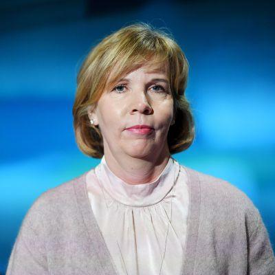 RKP:n puheenjohtaja, oikeusministeri Anna-Maja Henriksson.