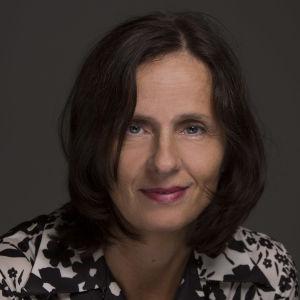 Susanna Alakoski.