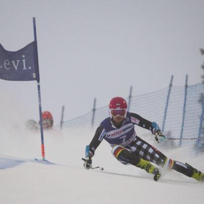 Samu Torsti vann EC-storslalomen i Levi.