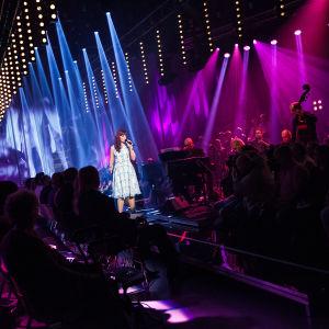 Piritta Venho laulaa Finaalin karsinnassa.