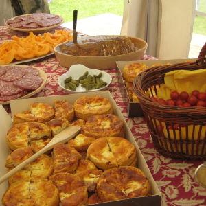 Ranskalainen lounasbuffet