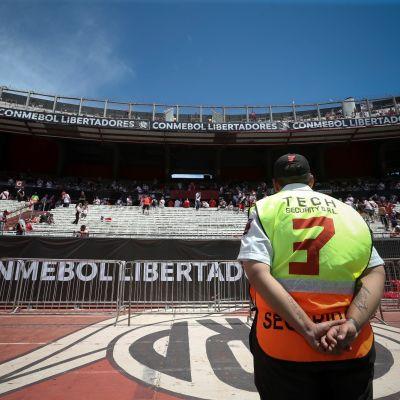 Monumental -stadion Buenos Airesissa piti toimia Copa Libertadoresin toisen finaalipelin pelipaikkana.