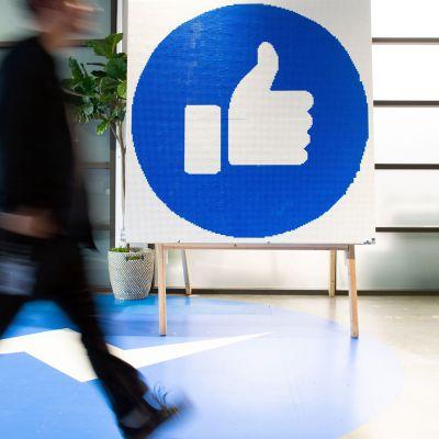 Facebookin peukku-logo.