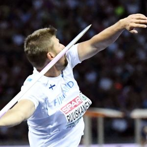 Antti Ruuskanen heittää keihästä yleisurheilun EM-kisoissa 2018.