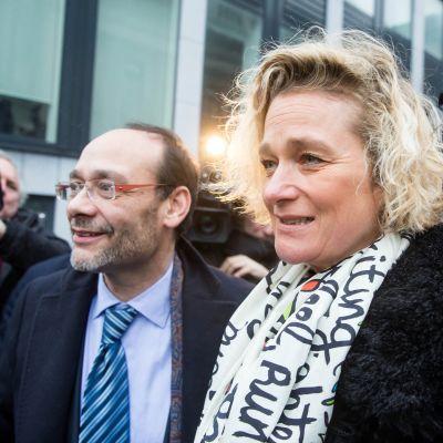 Belgialainen taiteilija Delphine Boel lähtee oikeudesta Brysselissä, Belgiassa, 21. helmikuuta 2017.