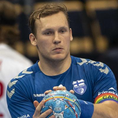 Miro Koljonen i kvalmatch mot Danmark.