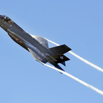 Lightning II F-35