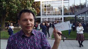 Tomas Jansson utanför Berlins Festspielhaus.