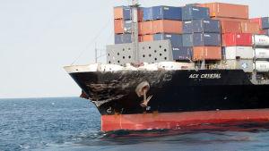Fraktfartyget ACX Crystal.