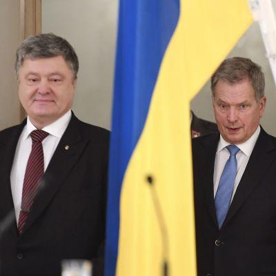 Sauli Niinistö ja Ukrainan presidentti Petro Poroshenko