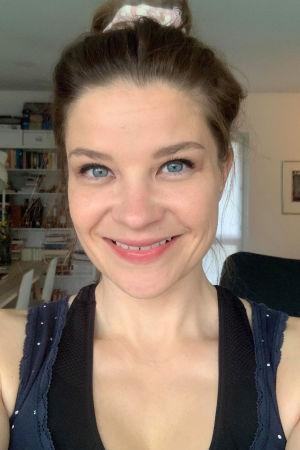 Oopperalaulaja Marjukka Tepponen selfiessä koronakeväänä 2020.