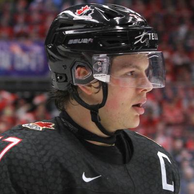 I årsskiftets JVM var Barrett Hayton lagkapten för det Kanada som vann guld.