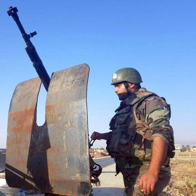 Syyrian armeijan sotilaat saapuvat Hasakassa sijaitsevaan Tal Tamr -kaupunkiin 14. lokakuuta 2019.