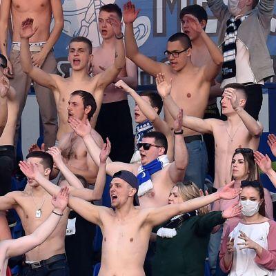 Supportrar i vitrysk fotboll.