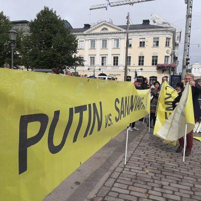 Demonstration mot Putin inför hans Helsingforsbesök den 21.8.2019.